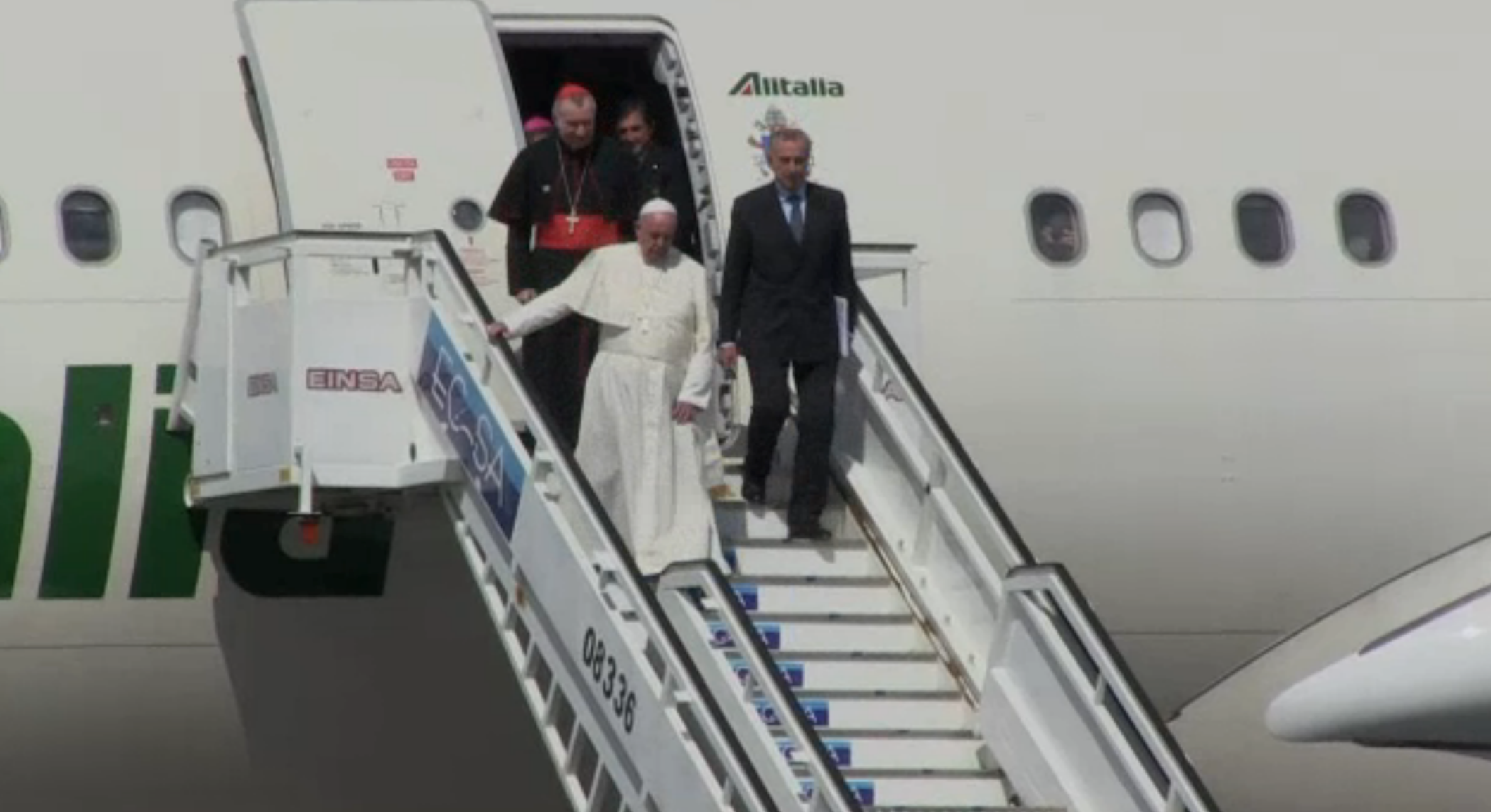 Francisco chega a Cuba para encontro com Kirill